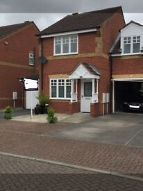 3 bed with garage SHORT TERM RENT 2-3 MONTHS