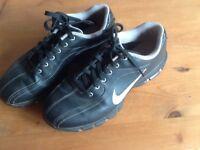 Junior golf shoes size 4 1/2