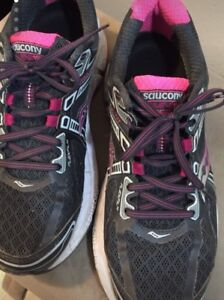 Saucony Omni15 Running Shoes Size 10.5