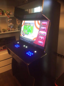 ARCADE CABINET 2 player 40' monitor, game board led buttons