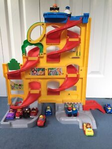 Toy Car Set / Race Track