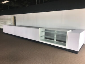 Counter or desk for retail store
