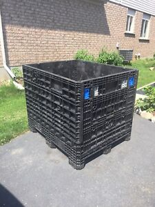 Container collapsible