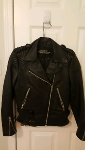 Harley Davidson women's leather jacket, Size 34 (small)