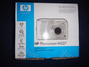Camera - HP M527