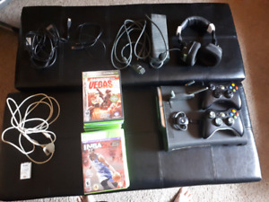 Xbox360 Elite 120gb, 20 games, 2 controllers, cords, 2 headsets