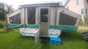1996 pop up trailer can be towed with car has ownership