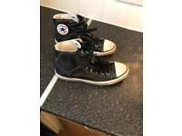 Men's black converse size 9