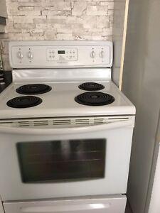 Laveuse secheuse réfrigérateur -poele