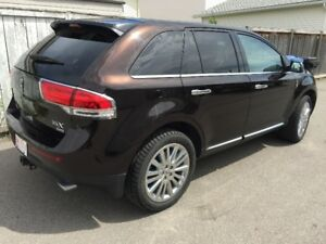 2013 Lincoln MKX - Loaded, Nav, Leather, Panoramic Roof