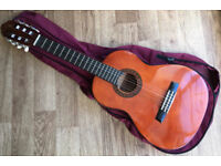 Valencia CG160 1/4 Size Kids Spanish Classical Guitar with carrying bag 6 nylon String