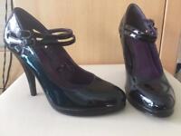 Black patent heels - size 6