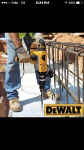 DEWALT SDS MAX CONCRETE DRILL / CHIPPER