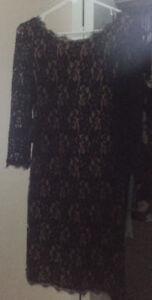 Aritzia T Babaton Lace Dress
