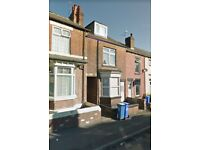 4/5 Bedroom mid terraced house Clipstone road (S9)