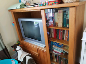 Tv stand/entertainment unit: solid wood with glass door