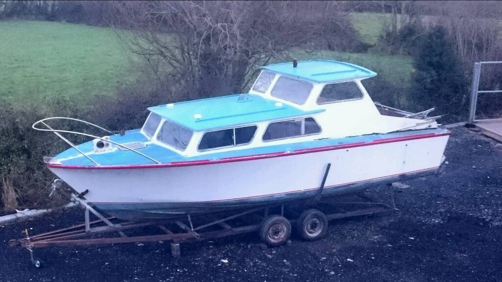 Boat 27ft cruiser, projectin Lurgan, County ArmaghGumtree - 27ft cruiser for sale on trailer, 100% hull, twin perkin 4107 engines, canopy, sea toilet, fridge, cooker, oven and sink. Also 8ft inflatable tender.Bought as a project and havent the time anymore. I have taken engines out for repair. I have been...