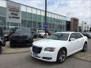 2014 Chrysler 300 S PANO SUNROOF NAV BACKUP CAMERA BEATS