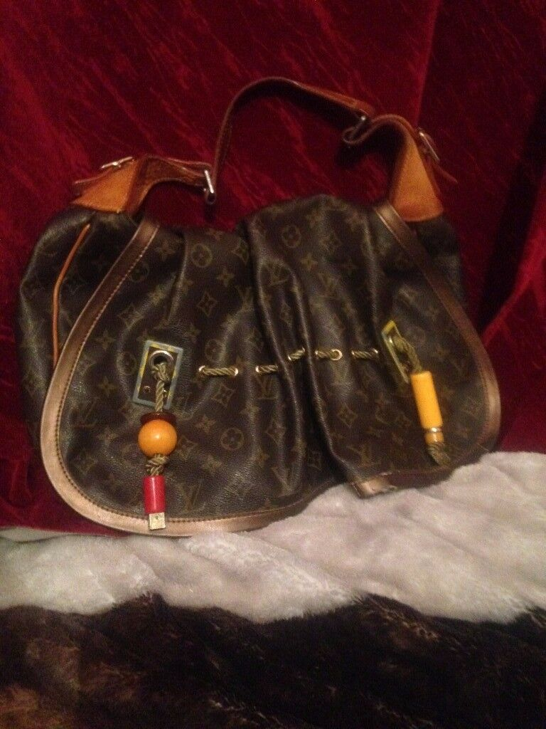 Louis Vuitton Monogram Kalahari GM Limited Edition Madonna 2009 Handbag