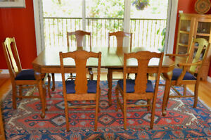 Antique Quarter Sawn Oak Dining Room set