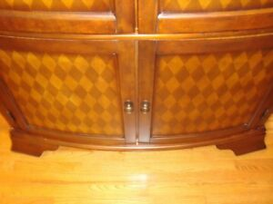 Like New !!! Beautiful Antique Look TV Armoire in Brown Wood