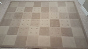 """Area Rug - Taupe - 5' 7"""" x 7' 7"""""""