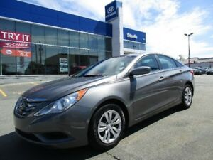 2012 Hyundai SONATA GL MANUAL