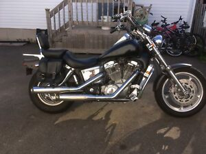 1997 Honda Shadow vt1100c sell or trade for small car