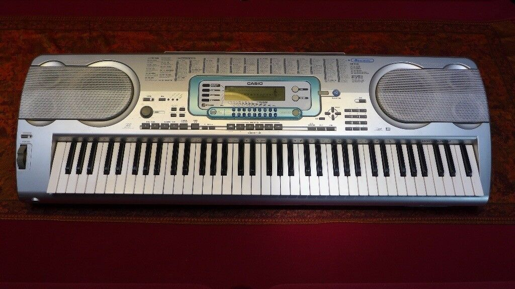 Casio WK 3000 Keyboard.