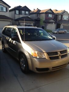 Dodge Grand Caravan 2008 **Priced to Sell**