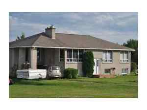 Move back to the maritimes!! 139900 country home with pool!!