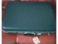 Large retro vintage hard Samsonite suitcase