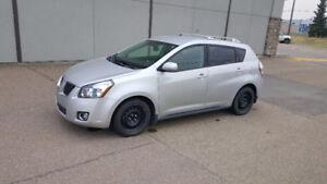 2009 Pontiac Vibe/Toyota Matrix Hatchback..Automatic...Only 110K