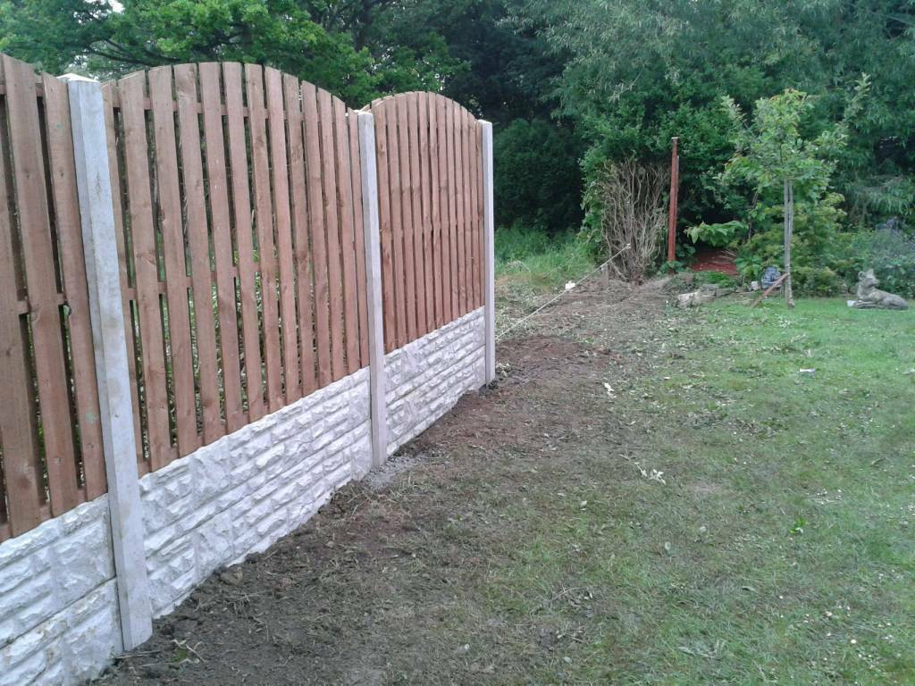 M1 fencing Sheffield