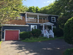 Beautiful 3-bdr Executive Home for Lease - Cherry Lane, Manuals