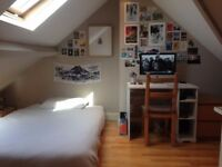 Double Room available for short term in Maida Vale (12th August - 3rd September)