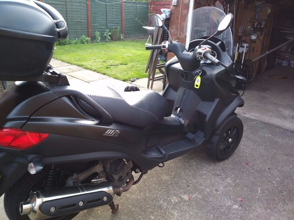 piaggio mp3 500 sport for sale includes top box leg warmers handlebar gloves panniers in. Black Bedroom Furniture Sets. Home Design Ideas