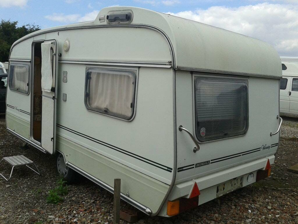 four berth caravan avondale waxwing with awning