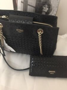 New Guess shoulder purse and wallet