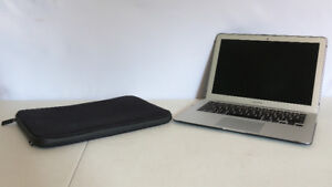 """2016 13"""" Macbook Air with Accessories"""