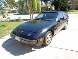 1984 Porsche 924 Coupe (2 door)