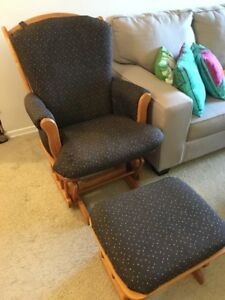 Gliding rocking chair with gliding footstool / ottoman