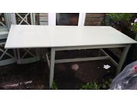Extendable Dinning Table in very good condition for £40. Pick up only or pay extra for delivery