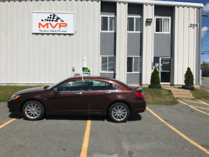 2013 Chrysler  200 LIMITED LOW KM -FINANCING AVAILABLE-