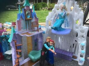 Barbie sized Elsa castle (FROZEN) and dolls , walking horse