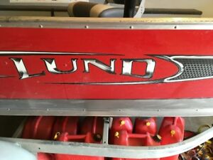 Lund 1400 Fury Tiller w/ 25hp + 6hp kicker and Minn Kota trassix