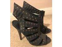 ASOS Navy Shoes/ Heels Size 6