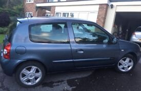 Renault Clio with 12 Months Warranty