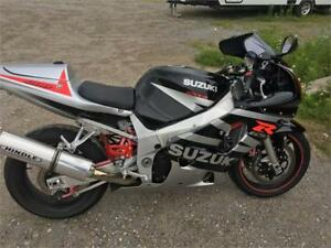 2003 Suzuki GSX-R600 **WE FINANCE GOOD AND BAD CREDIT**