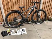 Kona Mahuna 29' Hardtail Mountain/trail bike